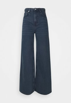 Weekday - ACE - Flared Jeans - river black