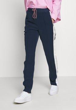 Tommy Jeans - STRIPE DETAIL SMART - Jogginghose - twilight navy
