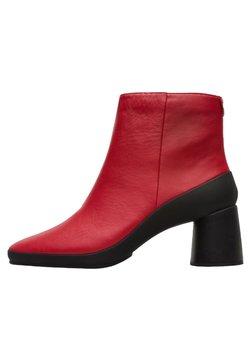 Camper - UPRIGHT - Stiefelette - red