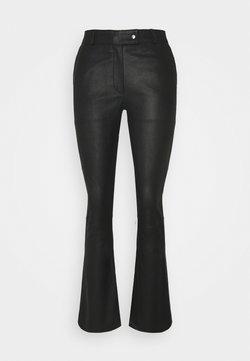 DEPECHE - CHINO - Pantalon en cuir - black