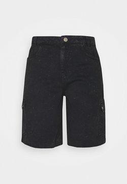 Noisy May Tall - NMLUCKY LONGBOARDER - Jeansshorts - black