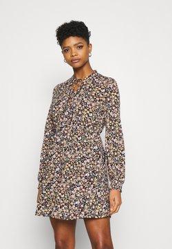 Vila - VILITIN SHORT DRESS - Jerseykleid - black