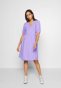 Monki - YOANA DRESS - Kjole - lilac