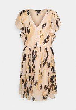 Vero Moda - VMSASHA CAP SLEEVE DRESS - Sukienka letnia - toasted almond/sasha