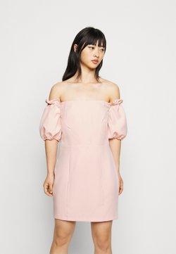 Miss Selfridge Petite - BARDOT STRUCTURED DRESS - Freizeitkleid - blush