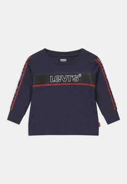 Levi's® - LONGSLEEVEGRAPHICTEE - Camiseta de manga larga - peacoat heather