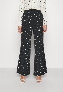 Fabienne Chapot - PUCK TROUSER - Trousers - black/warm white
