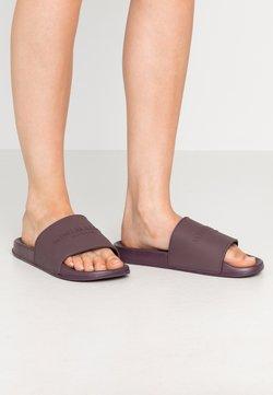 Rubi Shoes by Cotton On - WILD SLIDE - Muiltjes - minimalist wine