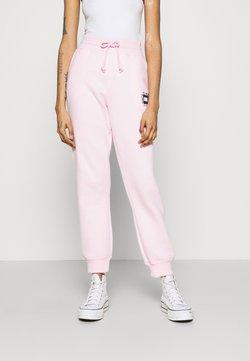 Tommy Jeans - BOX FLAG PANT - Jogginghose - pink