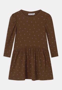Name it - NMFDAISIA - Jerseykleid - brown