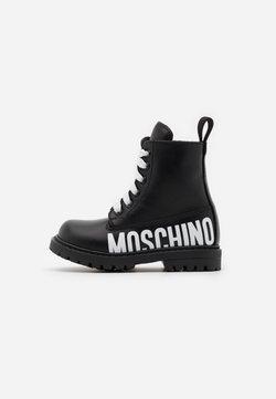 MOSCHINO - Schnürstiefelette - black/white