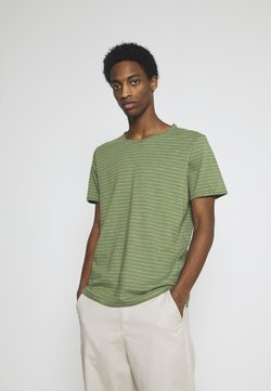 Selected Homme - SLHMORGAN - T-Shirt print - vineyard green/egret