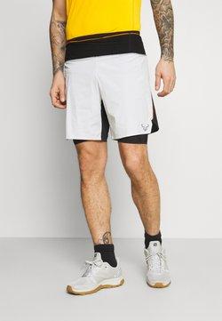 Dynafit - ULTRA  2/1 SHORTS - Pantalón corto de deporte - white/black