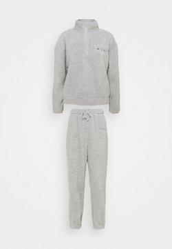 Missguided - BORG HALF ZIP HOODIE JOGGERS - Sweatshirt - grey