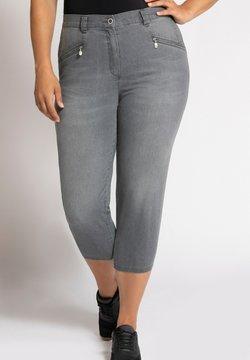 Ulla Popken - GROSSE GRÖSSEN  MONY 790810 - Jeans Straight Leg - grau