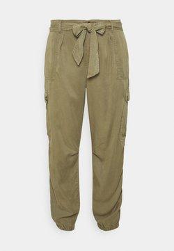 CAPSULE by Simply Be - SOFT PANT - Pantalon cargo - khaki
