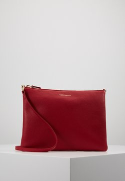 Coccinelle - BEST CROSSBODY SOFT - Umhängetasche - cherry
