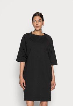 Marc O'Polo - DRESS BOAT NECK RAGLAN POCKETS AT SIDESEAM - Jerseykleid - black