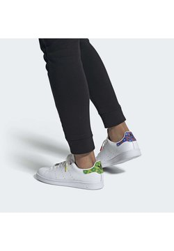 adidas Originals - STAN SMITH - Joggesko - ftwwht/cblack/yellow