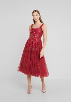 Needle & Thread - SNOWFLAKE PROM DRESS - Vestito elegante - cherry red