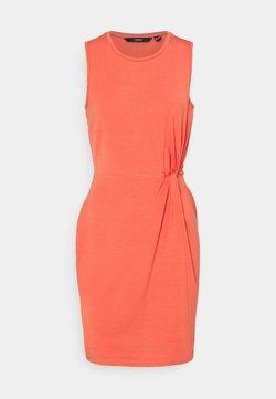Vero Moda Petite - VMKIANA DRESS - Jerseyjurk - spiced coral