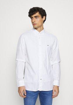 Tommy Hilfiger - DOBBY - Koszula - white
