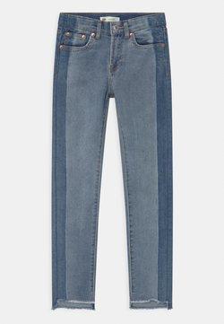 Levi's® - GIRLFRIEND - Slim fit jeans - gemini