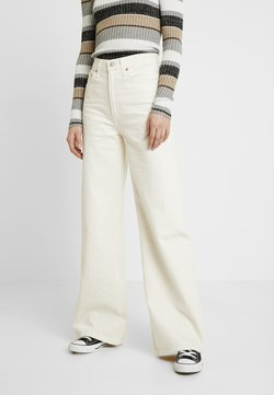 Levi's® - RIBCAGE WIDE LEG - Flared Jeans - icy ecru