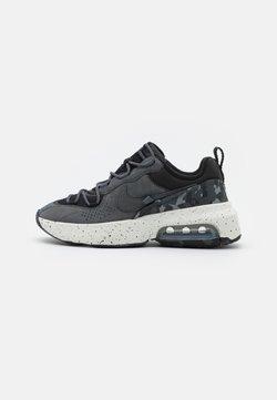 Nike Sportswear - AIR MAX VERONA 2.0 - Sneakersy niskie - black/iron grey/summit white/volt glow