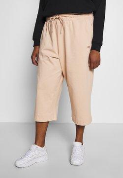 Nike Sportswear - CAPRI - Jogginghose - shimmer
