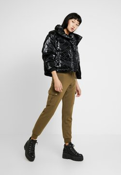 Urban Classics - LADIES VANISH QUILT JACKET - Winterjacke - black