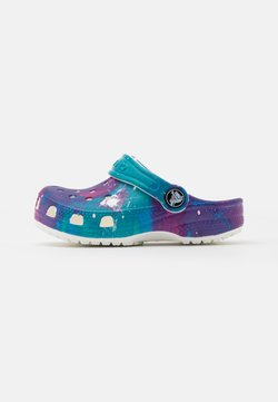 Crocs - CLASSIC OUT OF THIS WORLD  - Badslippers - white/purple