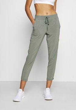 GAP - TAPERED PANT - Pantaloni sportivi - vintage palm
