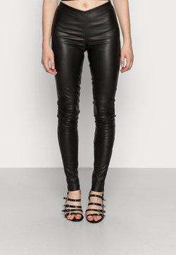 YAS - YASZEBA STRETCH - Pantalon en cuir - black