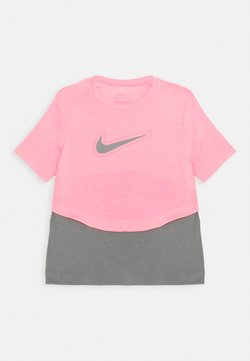 Nike Performance - DRY TROPHY  - T-Shirt print - sunset pulse/smoke grey
