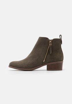 Dorothy Perkins - MACRO SIDE ZIP BOOT - Ankle Boot - khaki
