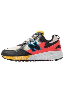New Balance - WTCRGLN2 - Zapatillas de trail running - black/stone