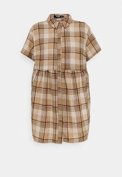 Missguided Petite - SMOCK DRESS CHECK - Vestido camisero - stone