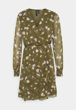 Vero Moda - VMZALLIE WRAP DRESS - Freizeitkleid - ivy green/zallie