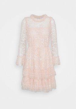 Needle & Thread - CELIA LONG SLEEVE MINI DRESS - Cocktailkleid/festliches Kleid - strawberry icing