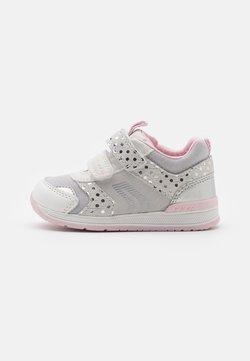 Geox - RISHON GIRL - Trainers - white/silver
