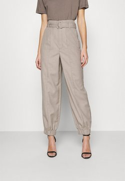 Gestuz - VIRA PANTS - Broek - walnut