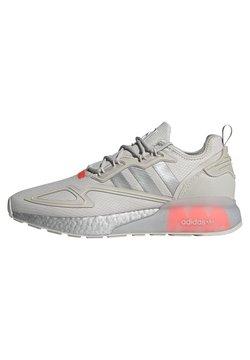 adidas Originals - ZX 2K BOOST UNISEX - Sneaker low - grey one/silver metallic/solar red