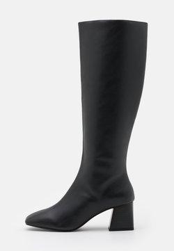 Monki - PATTIE BOOT VEGAN - Boots - black/beige
