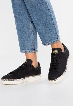adidas Originals - STAN SMITH NEW BOLD - Sneaker low - core black/offwhite