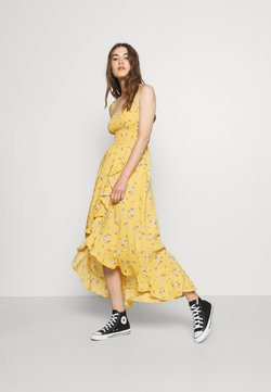 Hollister Co. - HI-LOW SMOCKED MIDI DRESS - Maxi-jurk - yellow