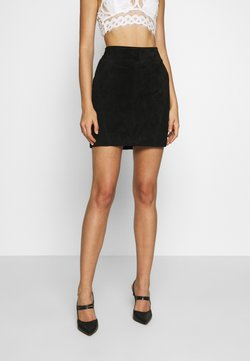 Vila - VISUSA SKIRT - Leather skirt - black
