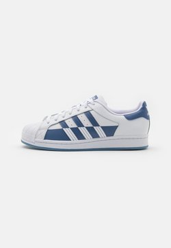 adidas Originals - SUPERSTAR UNISEX - Sneakers - footwear white/crew blue