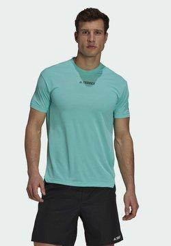 adidas Performance - Camiseta estampada - green