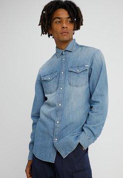 Jack & Jones - JJESHERIDAN SLIM - Camisa - medium blue denim